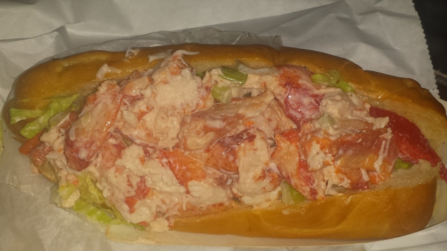 Now THIS is a Lobster Roll!
